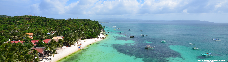 Photo overlooking Diniwid Beach in Boracay Island, Philippines