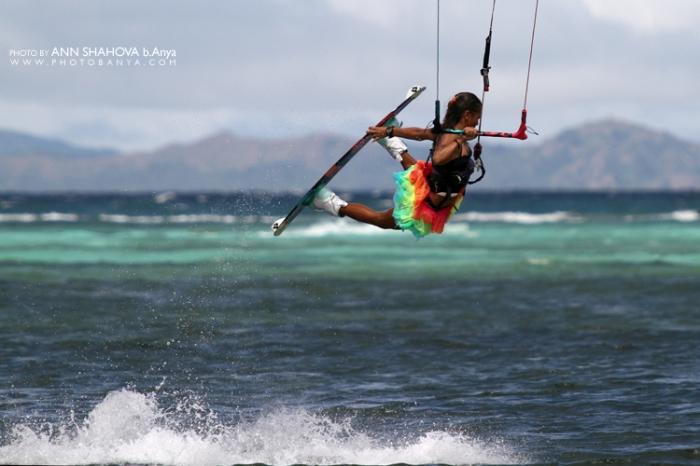 Paula Rosales kiteboarding in Boracay